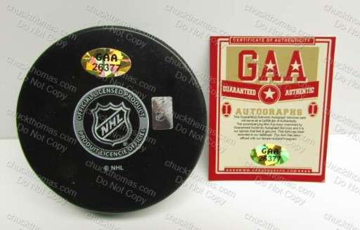 Sidney Crosby Autographed Puck GAA Certificate