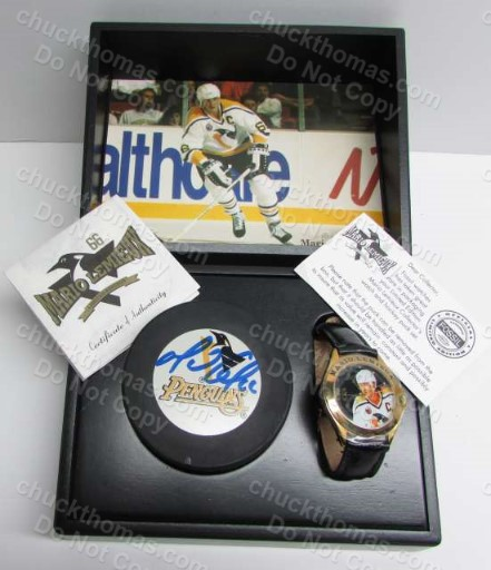 Mario Lemieux Fossil Watch and Autographed Puck Boxed Gift Set