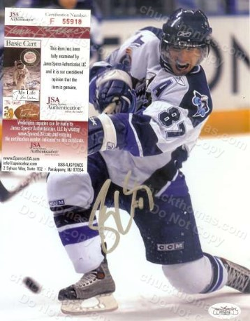 Sidney Crosby Autographed Color 8x10 Action Shot