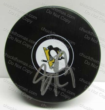 Penguin Captain Sidney Crosby Autographed Penguin Puck with COAPRO Certificate